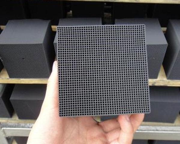 50×100×100蜂窝活性炭