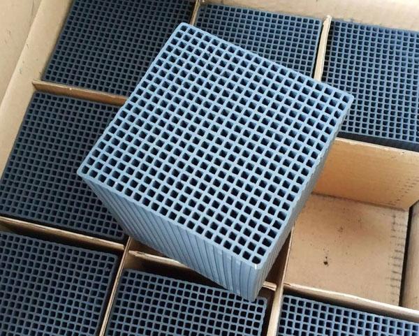 100×100×100蜂窝活性炭